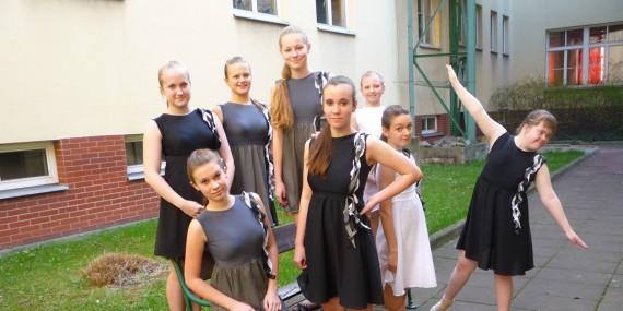 Krnovský dance cup a Přehlídka scénického tance na JKO v Ostravě