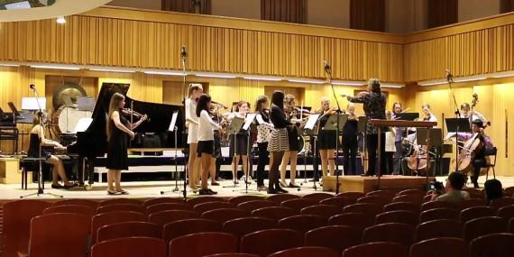 Vystoupení Školního orchestru ZUŠ L. Janáčka Havířov v celostátním kole soutěží ZUŠ v Olomouci