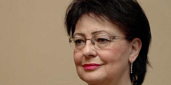 Ocenění za dlouhodobou nadstandardní pedagogickou činnost paní učitelce Věře Hovořákové