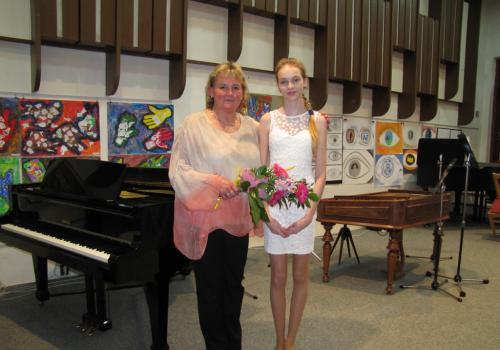 30.04 2014 - Absolventský koncert Venduly Šuterové a Lucie Gawlowské